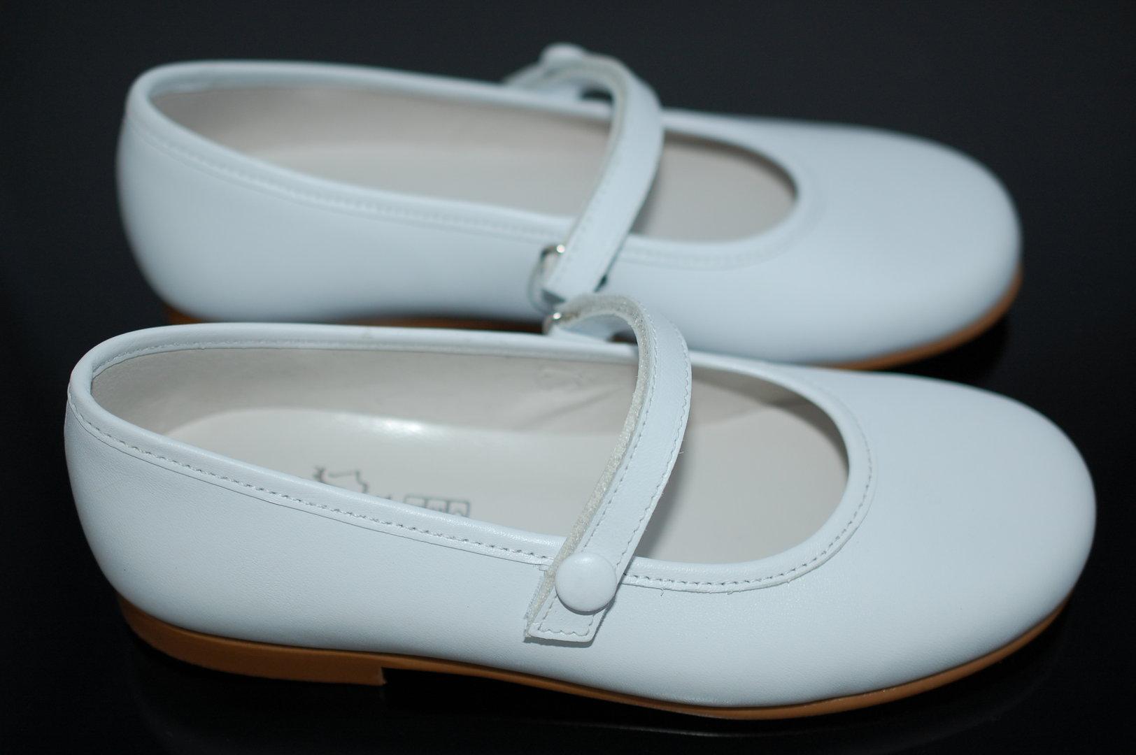 wholesale dealer 9fa6c f7107 BPardo Mädchenhafte Spangen-Ballerina in weiß, nur noch Gr ...
